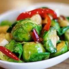カネーン  Stir fried Brussels sprouts