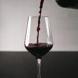 [厳選ワイン]充実の品揃えでワイン通の方にも喜ばれます。