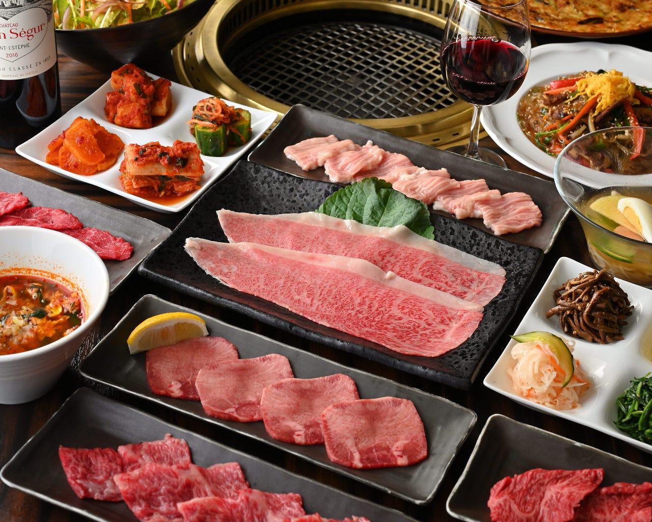 A5和牛が食べられる 全12品 2H飲み放題付 6,000円コース(宴会/記念日/個室)