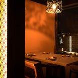 【テーブル半個室/4~6名様まで】気の合う方々との飲み会に。程よいプライベート空間