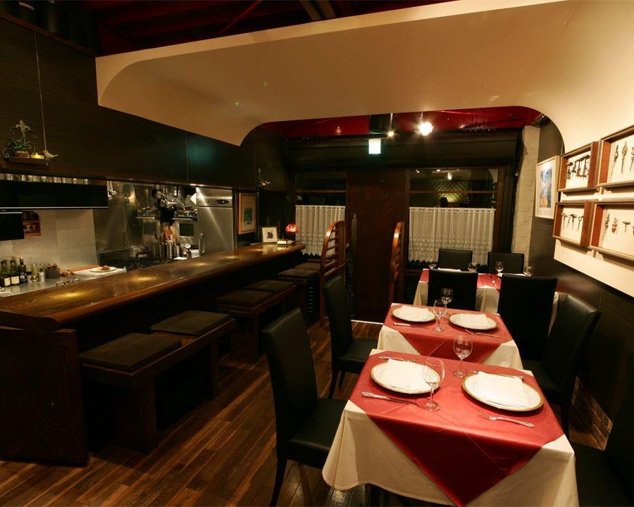 レストランを味わえるビストロ空間