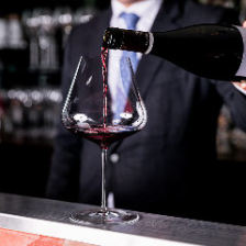ソムリエ厳選の仏ワイン200種取揃え