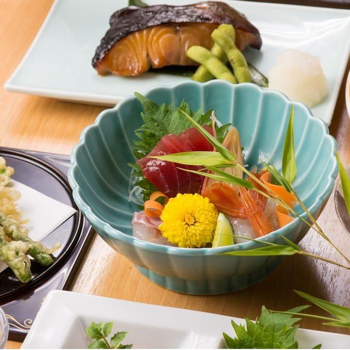 【冬の宴会】【個食での宴会】肉、魚、季節野菜 豪華食材 6,000円(税込)コース【飲み放題付】