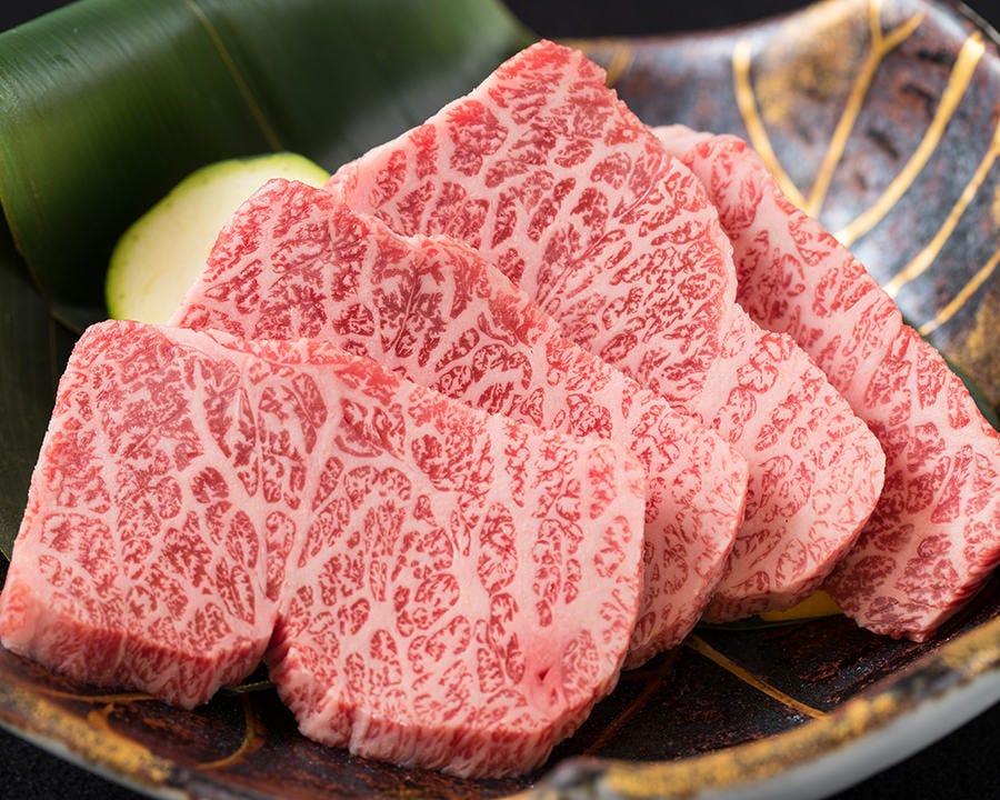 神戸牛焼肉やステーキが楽しめるランチメニューも実施中!
