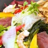 【人気メニュー】三陸海鮮サラダ
