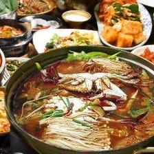 本格韓国料理が食べ放題!お得な『韓国料理40種食べ放題コース』
