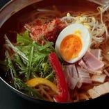 飯・麺・スープなど、〆のメニューも豊富です!