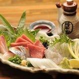 毎日仕入れる、県外や県内のをお魚。