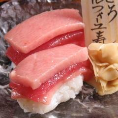 鮪ミルフィーユ寿司