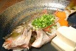 マース(塩)で煮ることで魚の旨みを最大限に引出す沖縄郷土料理。
