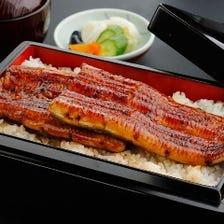 国産鰻を贅沢にも一匹まるごと使用!
