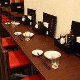 ランチ、ディナーともに使いやすいカウンター席