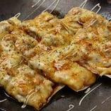 パリパリシーフードピザ