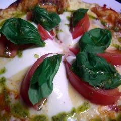 北海道産モッツァレラチーズのマルゲリータ ピザ
