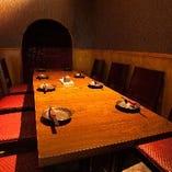 【家康】テーブル席で喫煙が出来る個室です。10名様まで