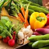 新鮮な野菜を使ったヘルシー料理もご用意。女性にも大人気です。