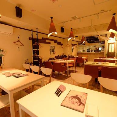 丹波地鶏とビオワイン 六賢  店内の画像