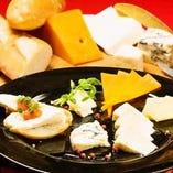 いろいろチーズの盛合わせ
