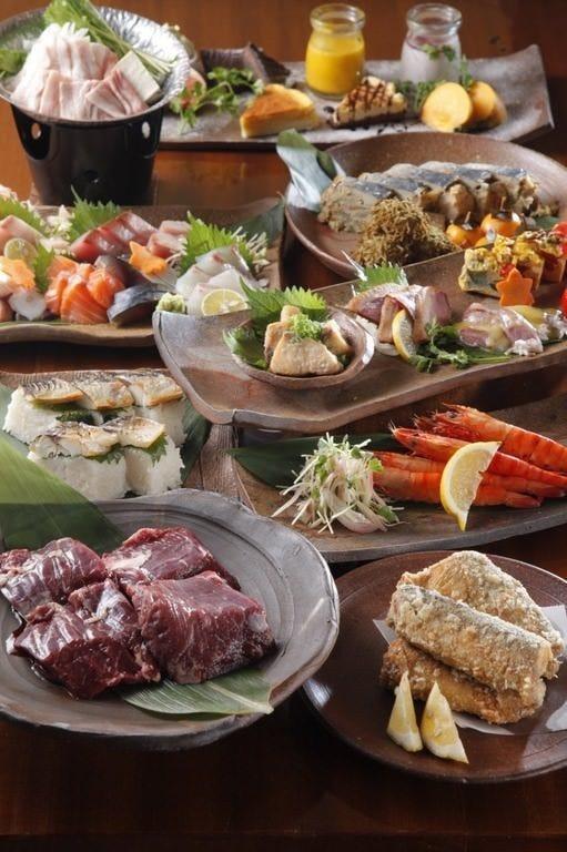 肉とお魚と旬を楽しめる「旬会席」コース。