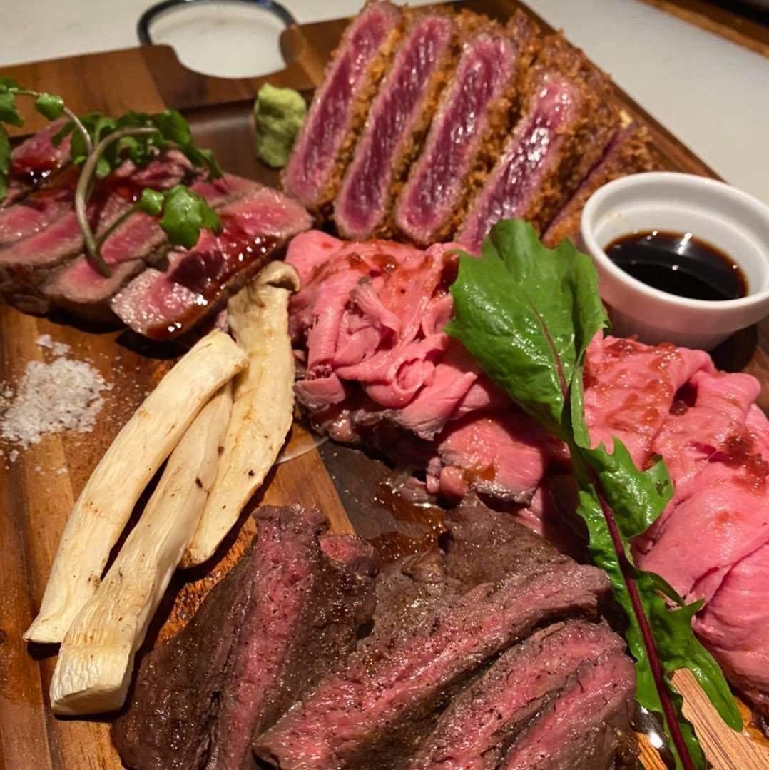 Meat craftman chose「肉盛合せ」2〜4人前で¥4000