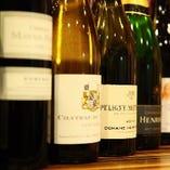 厳選地酒からワインまでお酒も種類豊富に取り揃え