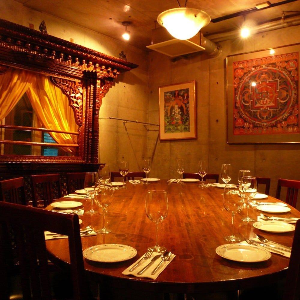 テーブル席・完全個室(壁・扉あり)・8名様~14名様