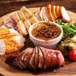肉バル料理が単品でも楽しめる♪アラカルト料理が充実♪