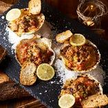 殻付きホタテのオーブン焼き シチリア風