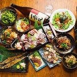 """通な""""魚派""""も、ガッツリ""""肉派""""も!大満足間違いなし。 鮮度自慢のお造りも食べられる!"""