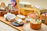 関西随一の品揃えを誇るチーズワゴン