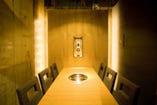 個室、座敷、ボックス席と 様々な空間で焼肉を!