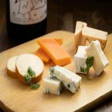 ワインの相棒はやっぱりチーズ!