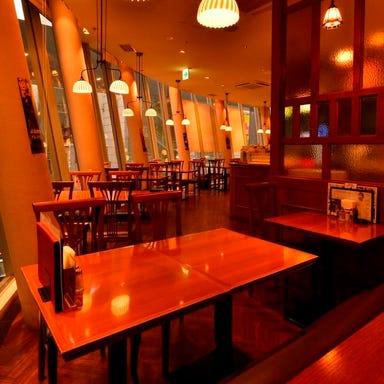 須田町食堂 秋葉原UDX店 店内の画像