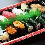 お寿司など、テイクアウト承っております!