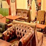 ソファー席が充実!ゆったりお食事と会話をお楽しみください♪