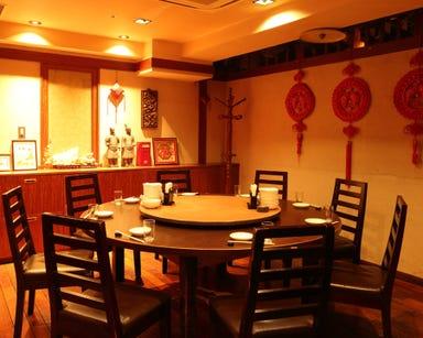 刀削麺・火鍋・西安料理 XI'AN(シーアン) 新宿西口店 店内の画像