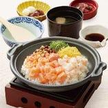 サーモン海鮮炙り飯