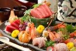 新鮮旬魚のお造り! 毎日市場より届きます