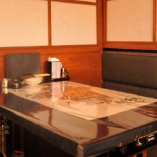テーブル席半個室:4名様×6卓