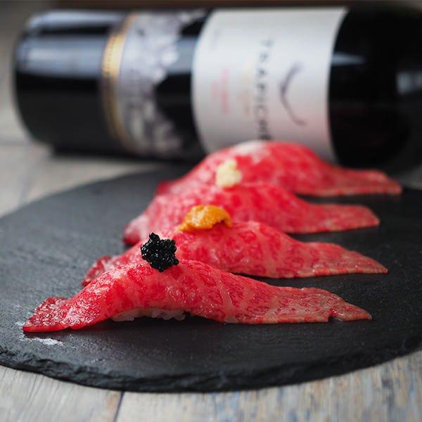 【名物】最高級A5ランク仙台牛寿司