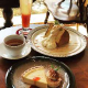 当店自慢のケーキとコーヒーor紅茶のセット(¥1000)がお得♪