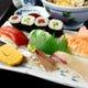 新鮮素材を使った寿司職人による握り寿司です。