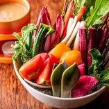 野菜ソムリエ荻山が選んだ 旬野菜のバーニャカウダー