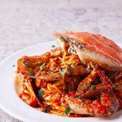 産地直送 濃厚な旨味 活 渡り蟹のトマトクリームパスタ