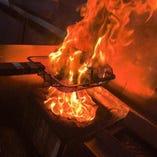 看板料理 強火で炙って余計な脂を落とした「あぶたん焼き」
