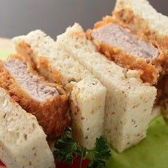 カツサンドセット(サンド+サラダ)