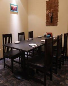 テーブル席・完全個室(壁・扉あり)・12名様