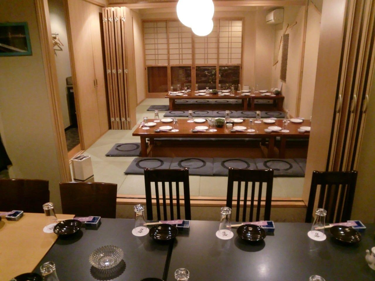 座敷+テーブル・完全個室(壁・扉あり)・37名様