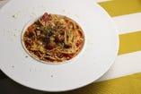 糸引きモッツァレラと木の子のトマト