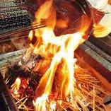 【藁焼きかつお】 わらで焼くから、濃縮された風味が抜群!!